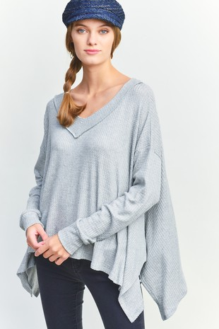 A4950 SOLID V-NECK TOP