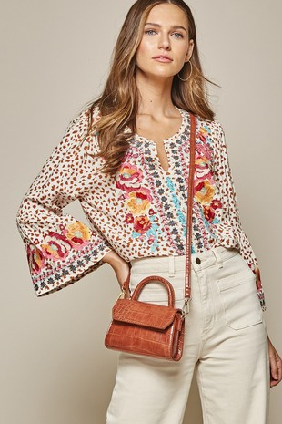 17802-1 EMBROIDERY WOVEN TOP .