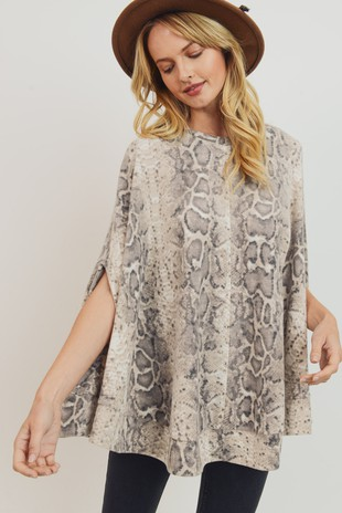 T22081 Brushed Snake Knit Circle Poncho Top