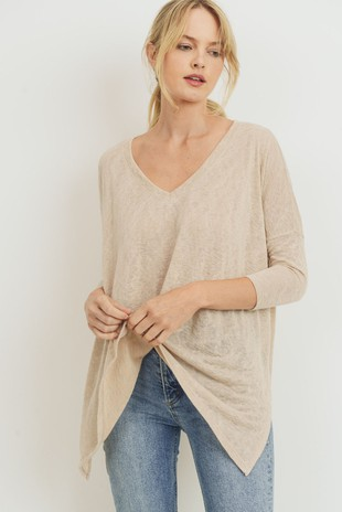 T21954 V Neck Side Slit Shark Bite Boxy Top