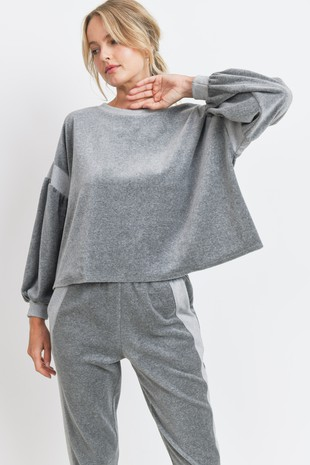 T22569 Velour Long Balloon Sleeves Knit Top