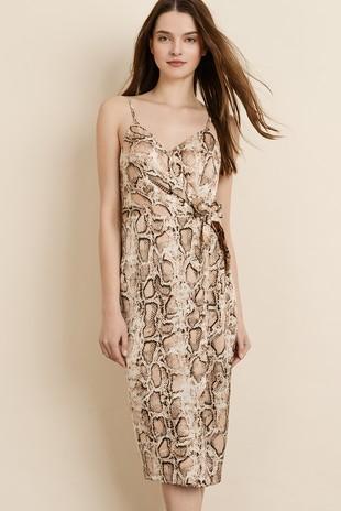 071b71082e FashionGo - Wholesale Clothing
