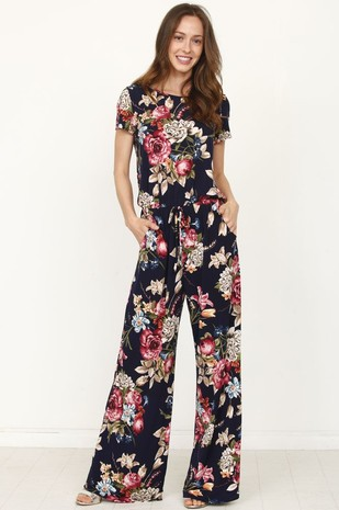 1b5e87fba6a FashionGo - Wholesale Clothing