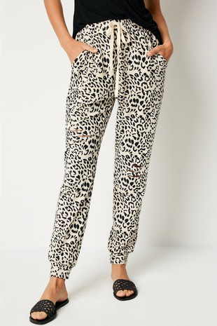 HJ1065 Distressed Leopard Jogger