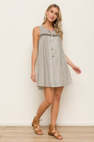 8ee76117 FashionGo - Wholesale Clothing, Apparel, Handbags, Accessories ...