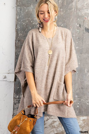 M6006 PONCHO SWEATER WITH POCKETS