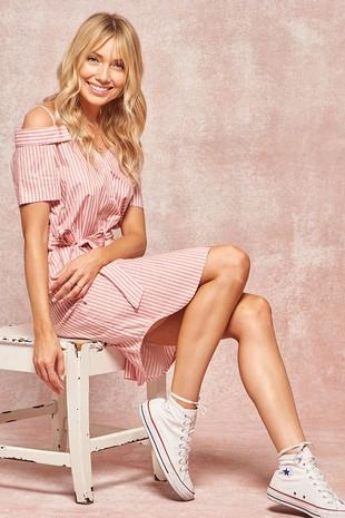 HDE8157 Striped Open-Shoulder Shirt Dress..