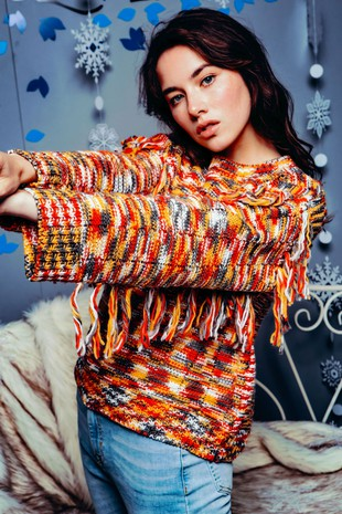 NPO7076 CHUNKY KNIT MULTI COLOR FRINGED SWEATER