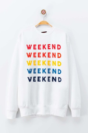 0595-5455 WEEKEND MULTI COLOR GRAPHIC SWEATER