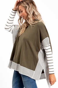 WK2604  PONCHO STYLE KNIT SWEATER STRIPE SLEEVE