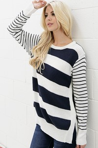 WK2100 STRIPE KNITTED SWEATER WITH SIDE SLIT 3